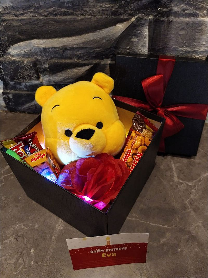 surprised Box Pooh Led
